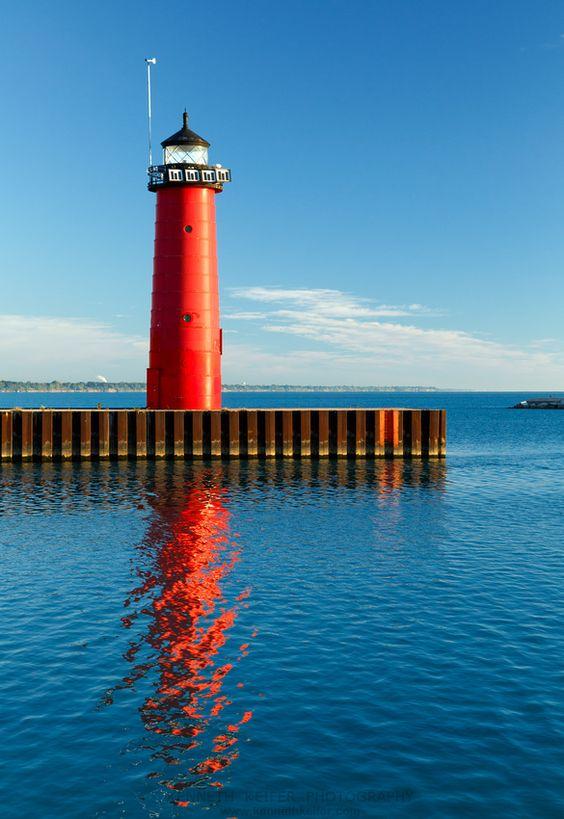 Kenosha, Wisconsin Pierhead Lighthouse