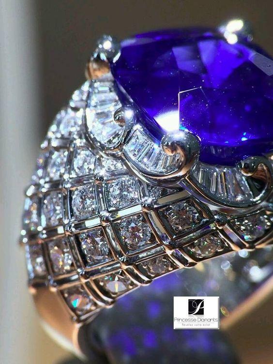 B.C.P.J - Google+ Bague femme or pierres précieuses, rubis, saphir, émeraude, diamant. http://www.princessediamants.com/categorie-bagues-femmes-or-pierres-precieuses-173.htm #bague-saphir #Bague-saphir-bleu #bague-rubis #bague-émeraude #bague-diamant #bague-saphir-or-blanc #bague-rubis-or-blanc #bague-émeraude-or-blanc #bague-diamant-or-blanc #bague-saphir-or-jaune #bague-rubis-or-jaune #bague-émeraude-or-jaune #bague-diamant-or-jaune #bague-saphir-diamant #bague-rubis-diamant