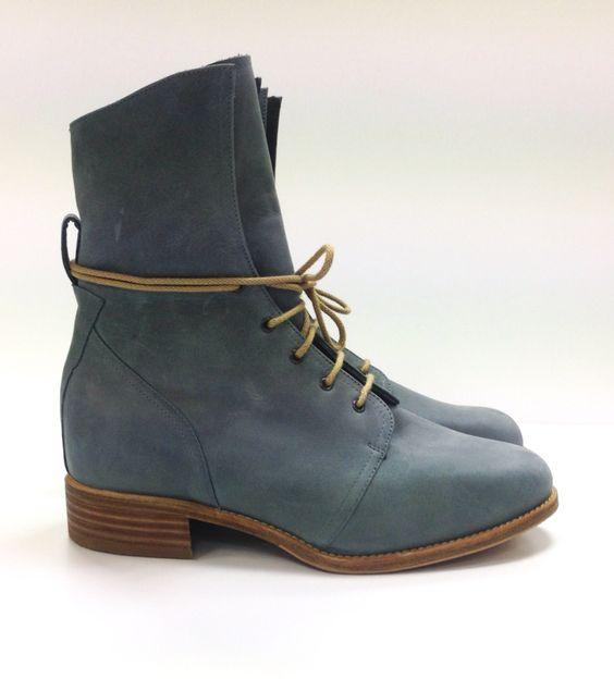 De kleur, het veterdetail, het model zelf... Zó leuk kunnen orthopedische schoenen zijn!