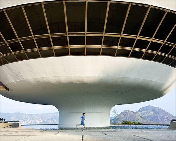 (© Ashok Sinha/Getty Images)Museu de Arte Contemporânea de Niterói, no Rio de Janeiro