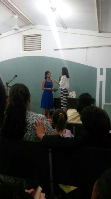 Congregación cofradía  esta es mi sobrina   Gabriela teniendo una asignación