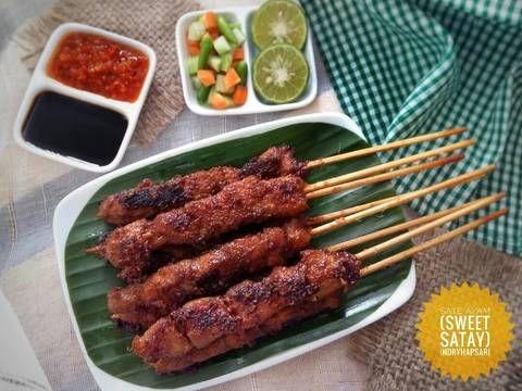 Olahan Khas Nusantara Yang Terbuat Dari Daging Yang Ditusuk Dan Dibakar Ini Begitu Sangat Familiar Sate Dapat Meng Resep Masakan Indonesia Resep Masakan Resep