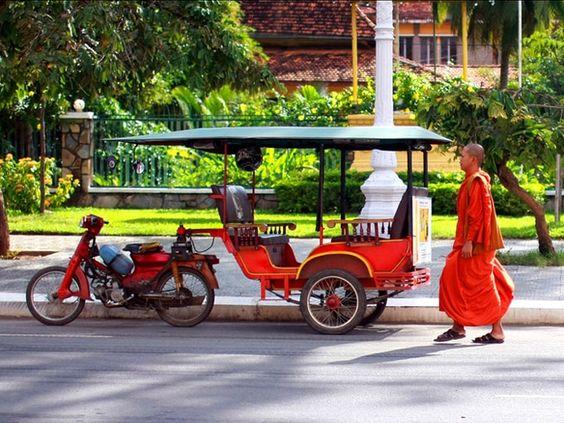 Tuk Tuk Campuchia - nét đẹp của văn hóa giao thông ở Campuchia