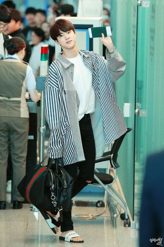 Jin  김석진 AIRPORT FASHION