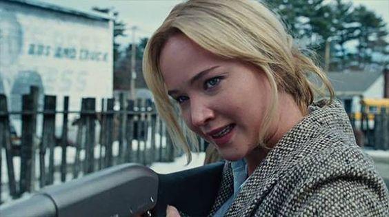 """Шестая заявка на """"Оскар"""": Де Ниро, Лоуренс и Купер в первом трейлере фильма О. Рассела """"Джой"""""""