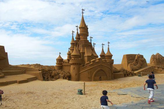 Artikel zu #Oostende: Das weltgrößte #Sandskulpturen Festival #Belgien #Disney…