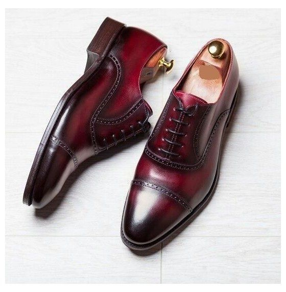 Men S Oxford Two Tone Shoes Burgundy Dress Office Cap Toe Shoes Handmade Shoe Burgundy D In 2020 Burgundy Dress Shoes Leather Dress Shoes Mens Burgundy Dress Shoes