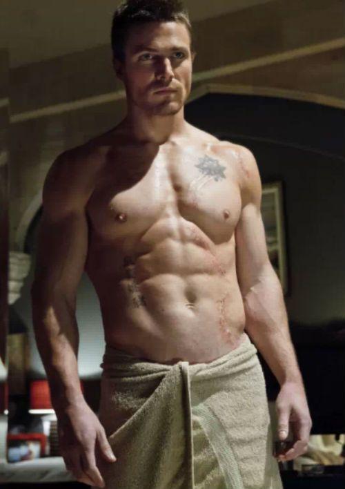 """Stephen Amell, o gato protagonista da nova série """"Arrow"""""""