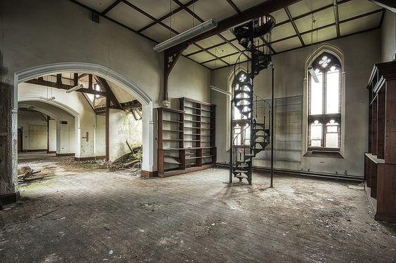 'vintage stairs' by Stefan Baumann
