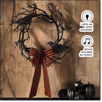 AVON EXCLUSIVE Halloween Spooky Wreath