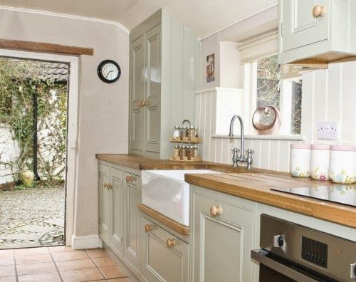 Full details on Modern Country Style blog: Colour Study: Farrow and Ball French Gray in interiors Cottage Interiors Pinterest Style, Moder?
