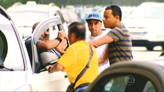 Preço da corrida até Cumbica causa briga entre taxista e passageiro +http://brml.co/1u6KV1Z