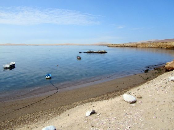 Playa Atenas, Inti-Mar, Paracas, Perú. Buceo, remo, snorkel, playa, parrilla, caminatas y más. www.placeok.com