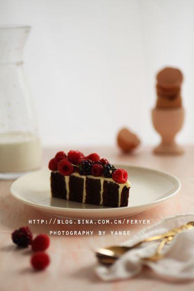 设计和配方都很独特的巧克力奶油蛋糕