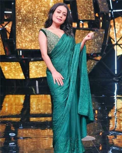Neha Kakkar Gallery Pics Top Hot Gallery In 2020 Neha Kakkar Saree Look Saree