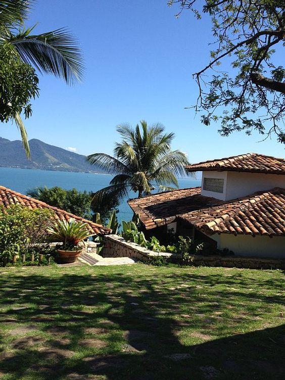 Casa Temporada na Praia do Pinto: Magnífica casa em condomínio fechado