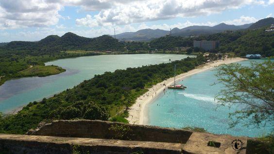Ein typischer Strand auf Antigua