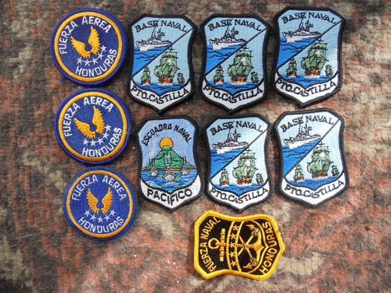 10 FOREIGN MILITARY PATCHES-LOT 9