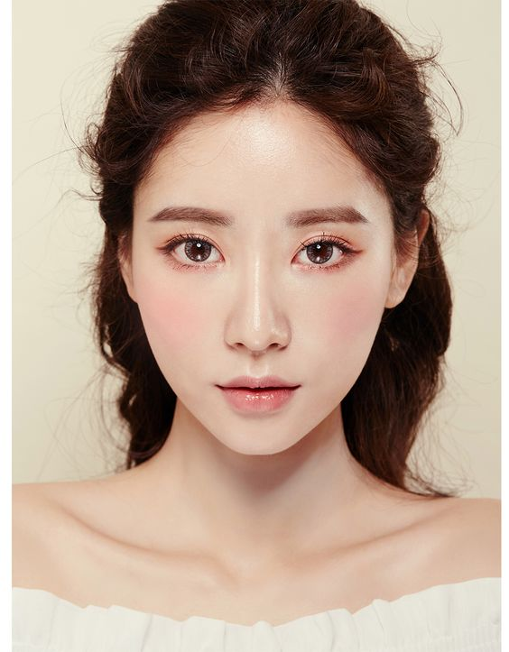 Cute makeup …: