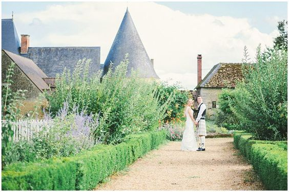 Romantic Chateau wedding   Image by Celine Chhuon Photography, see more http://goo.gl/q6BGb9