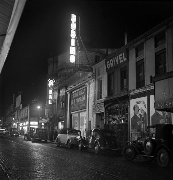 Bobino Music Hall - Rue de la Gaite', Paris - 1936 - photographer Pierre Jahan.