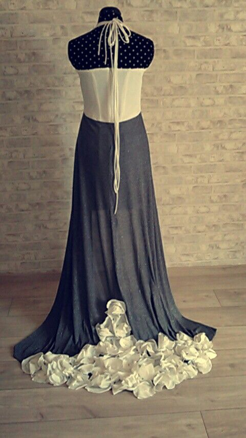Défilée de mode 2016 - dos de la robe: