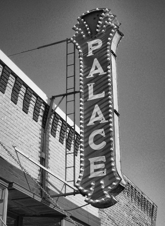 Movie theater gallatin tn
