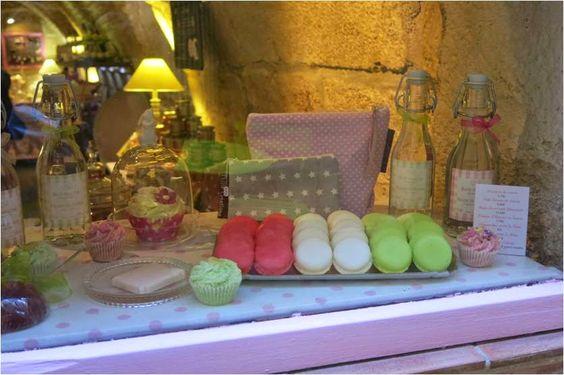 todas essas fofuras são maravilhosos sabonetes Bain de Gourmandises - 3 rue Joubert, Montpellier, França