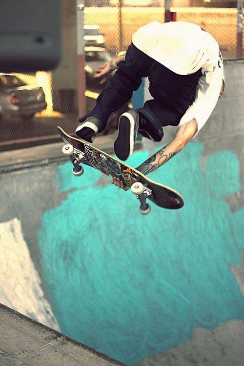 パフォーマンス前のスケートボード