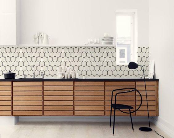 Hexagon backsplash wallpaper in the kitchen kitchen - Wallpaper that looks like tile for kitchen backsplash ...