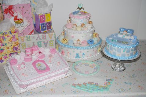Diaper/Towel Baby Shower Cakes