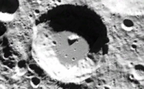 lunarbase_02.jpg: