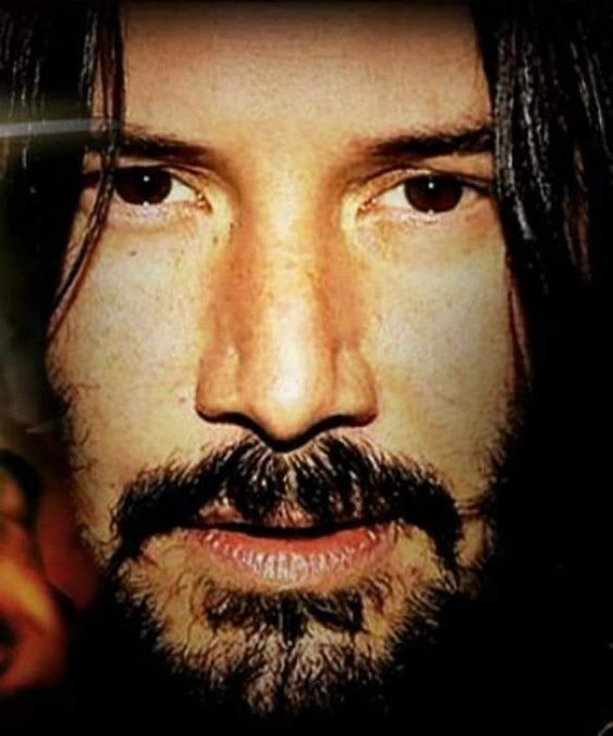 Keanu your such a babe ♥