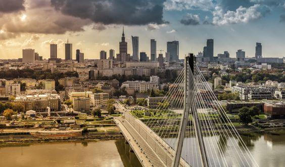 Skyline von Warschau © marchello74 / Shutterstock.com