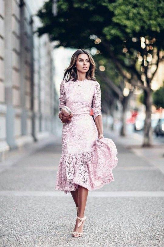 Pin Von Lori Auf Outfits Spitzenkleider Kleider Fur Hochzeitsgaste Festliche Kleider
