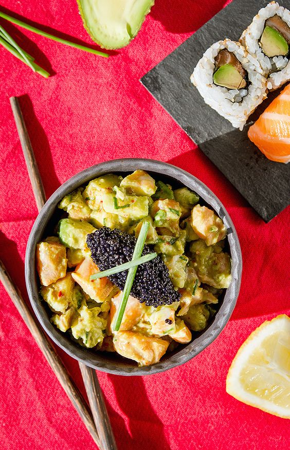 Tartare de saumon et crevettes  Pour 4 personnes:   Préparation: 15 minutes - Cuisson: 0 minute - R...