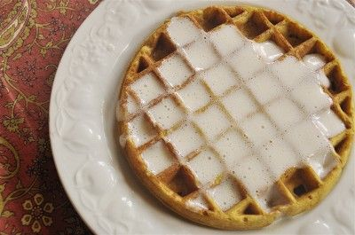 Pumpkin Waffles @yourhomebasedmom.com  #breakfast, #waffles, #recipes