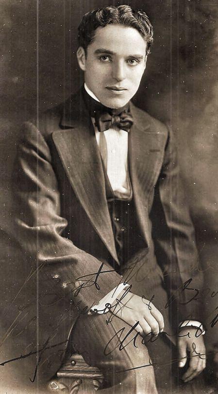 Charlie Chaplin 1918 F0fd8efd0ad82fed1443d09d855e4311