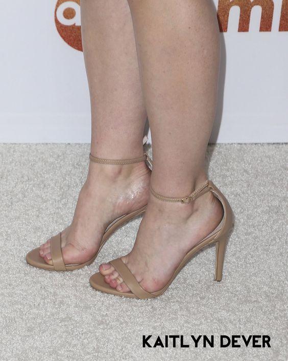 Hollywood Celebrity Feet - Top 100 Actress WikiFeet