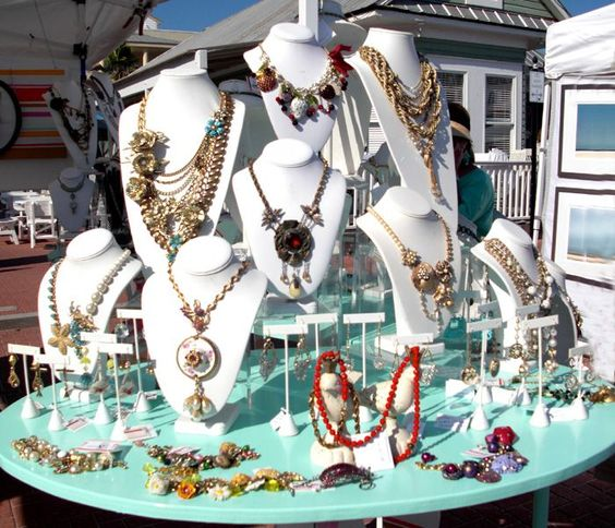 Ideas jewelry displays and search on pinterest for Craft show jewelry display