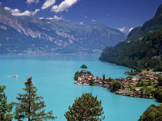 Lake Brienz in Schweiz :)