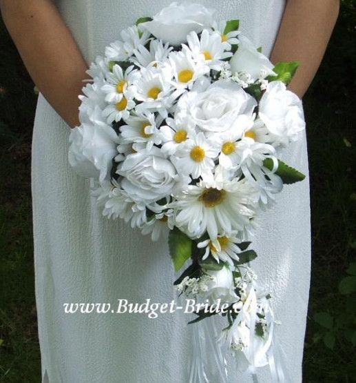Wedding Bouquets Daisies And Roses Daisy Wedding Flowers Daisy