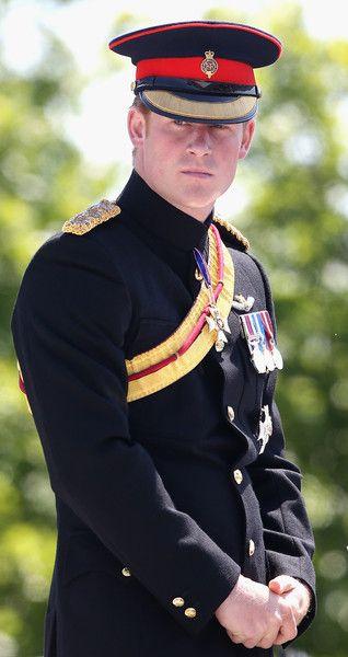 Prince Harry Looks Handsome In Uniform!