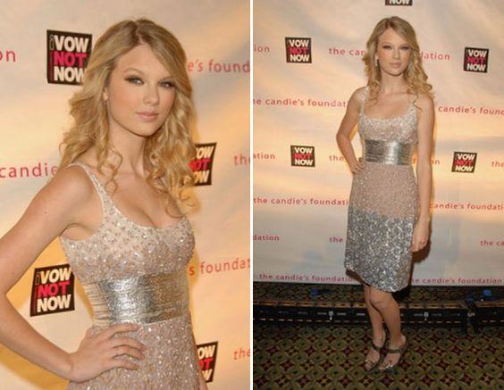 Cinco vestidos metalizados da Taylor Swift para se inspirar! - 15 anos - CAPRICHO