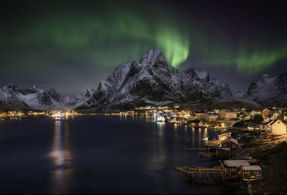 Northern lights over Reine, in the Lofoten Islands