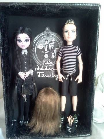 Addams family. Wednesday and Pugsley. How precious. Still want to see a Mortisha though. Love these characters.