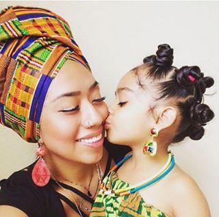 Petite Bouclée deviendra grande.  #lovemycurls #curlyhair #curls #beautybox #cute #bibbox #baby