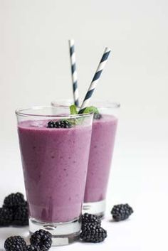 Blackberry Pineapple Smoothie