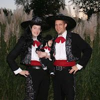3 Amigos 5th Annual Halloween Party! Ole! - Remodelaholic #Halloween_costumes