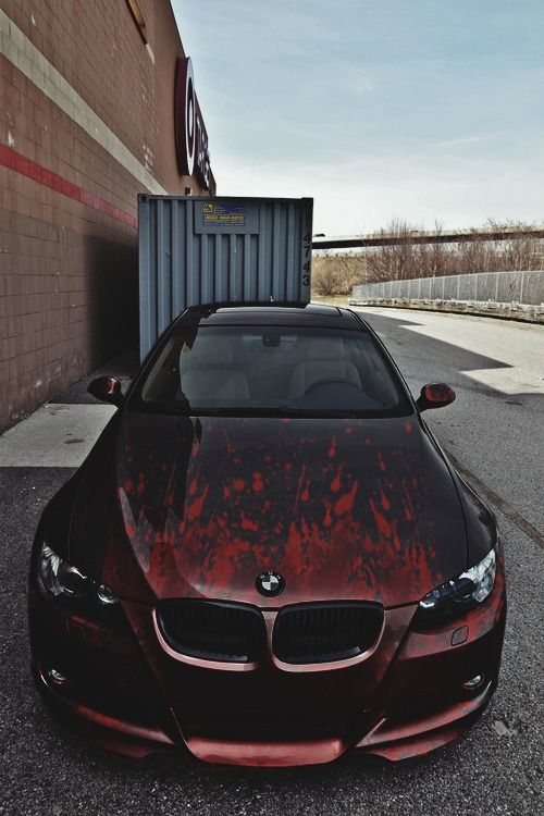 BMW -- Really like this paint job!